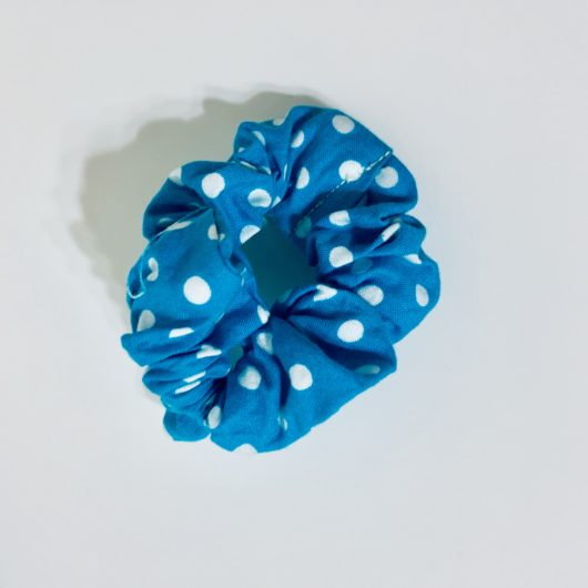 Hair scrunchie the perfect size.